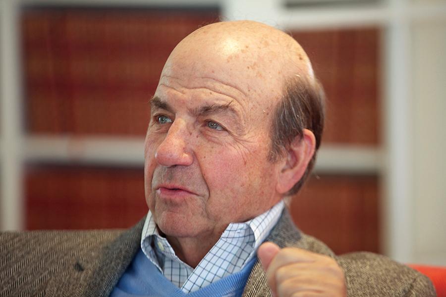 Headshot of author Calvin Trillin