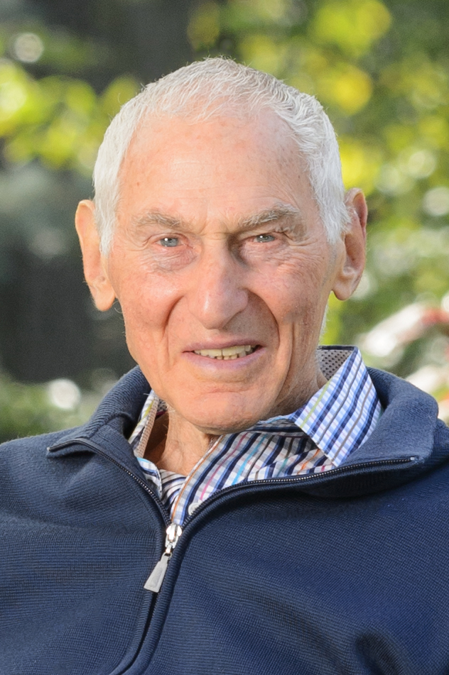 Photo of Harold Grinspoon